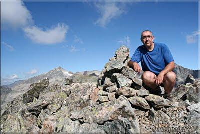 Peña de Lliterola mendiaren gailurra 2.820 m.  --  2009ko abuztuaren 28an