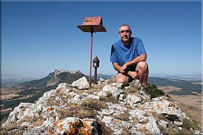 Peñalta mendiaren gailurra 1.243 m.  --  2009ko irailaren 6an
