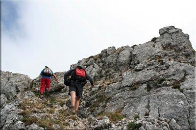 Último resalte rocoso antes de la cima