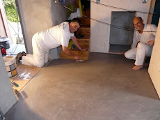 Polished plaster floor