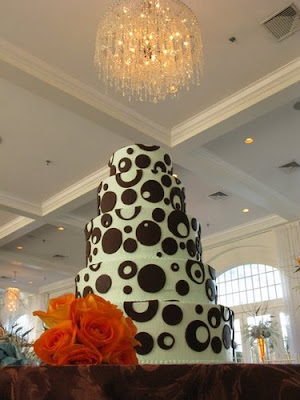 Gorgeous Wedding Cakes via TheELD.com