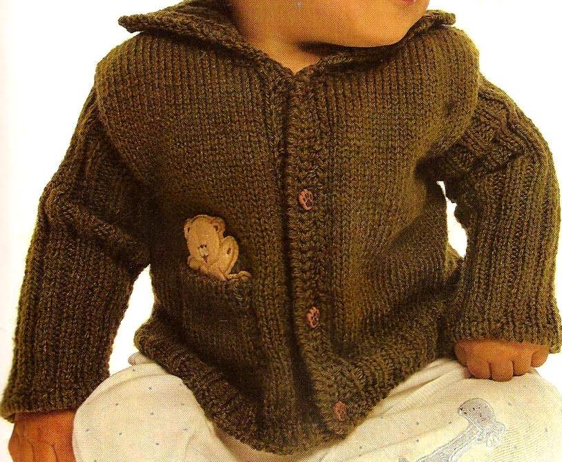 Ago 06 Suéter verde para un niño
