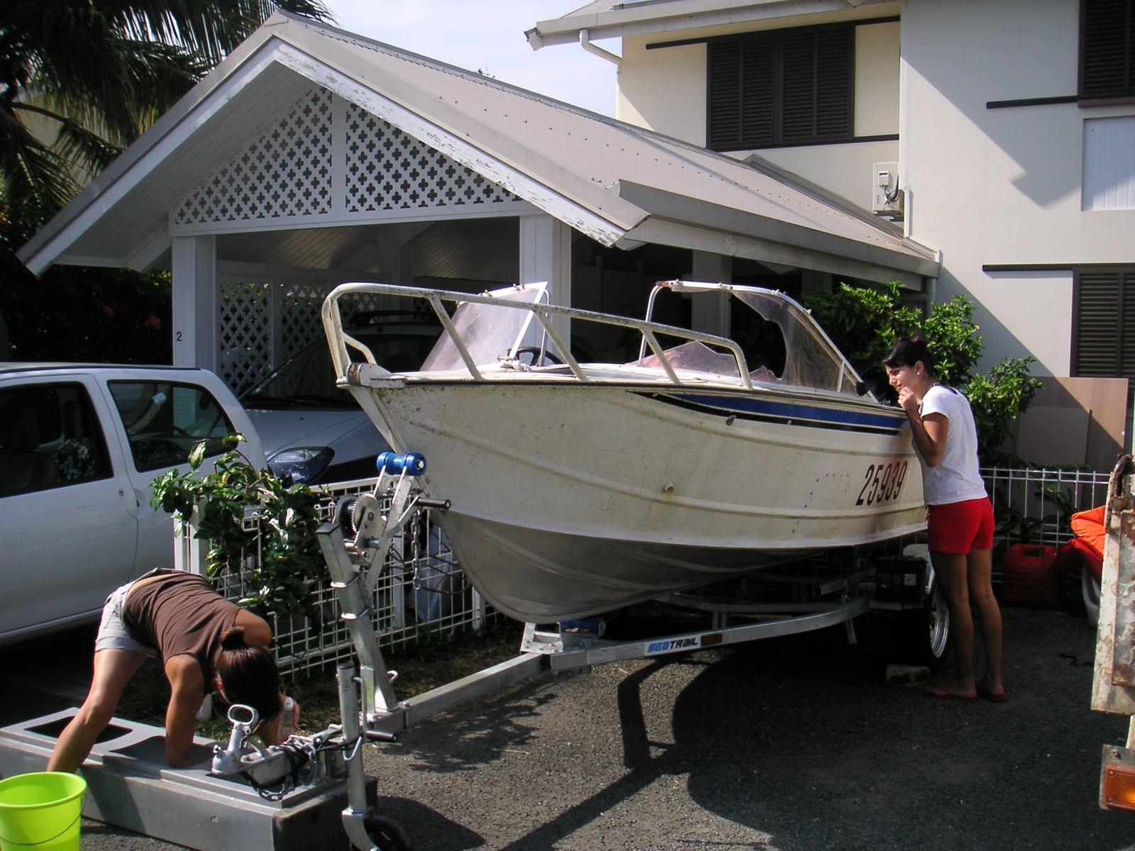 flo tonio l u00e9o en nouvelle cal u00e9donie  l u0026 39 achat du bateau