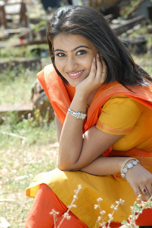 hots hindi actress: aarthi hot photo