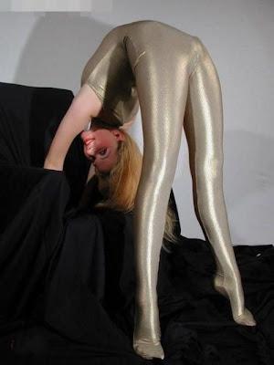 wanita elastis