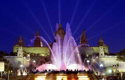 Beautiful fountains Around the World
