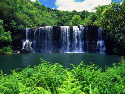 beautiful waterfall pictures