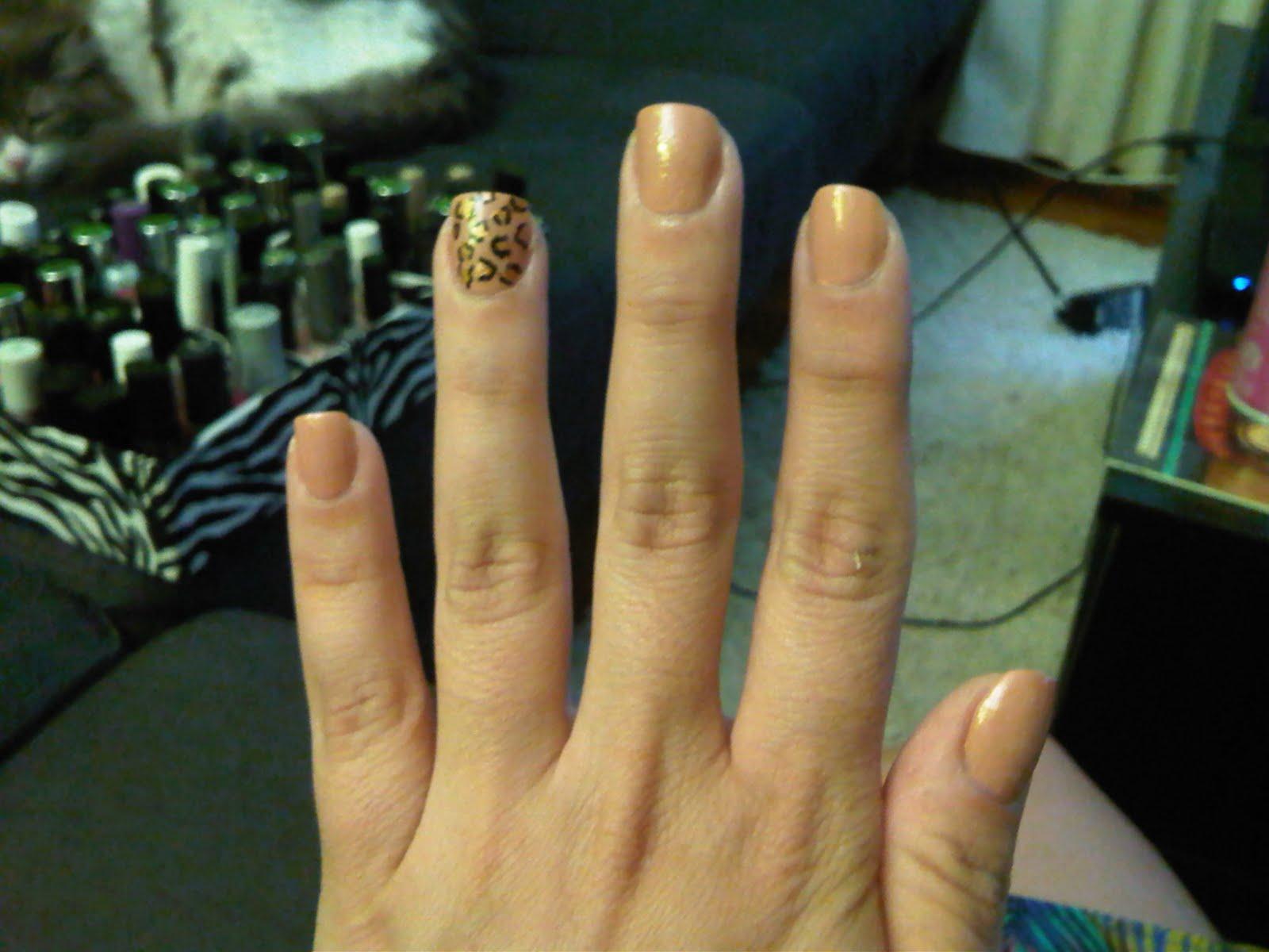http://1.bp.blogspot.com/_IVssY4GUoDM/TE3FjlMr9cI/AAAAAAAABKQ/oi8PZgGbRaE/s1600/manicure.jpg