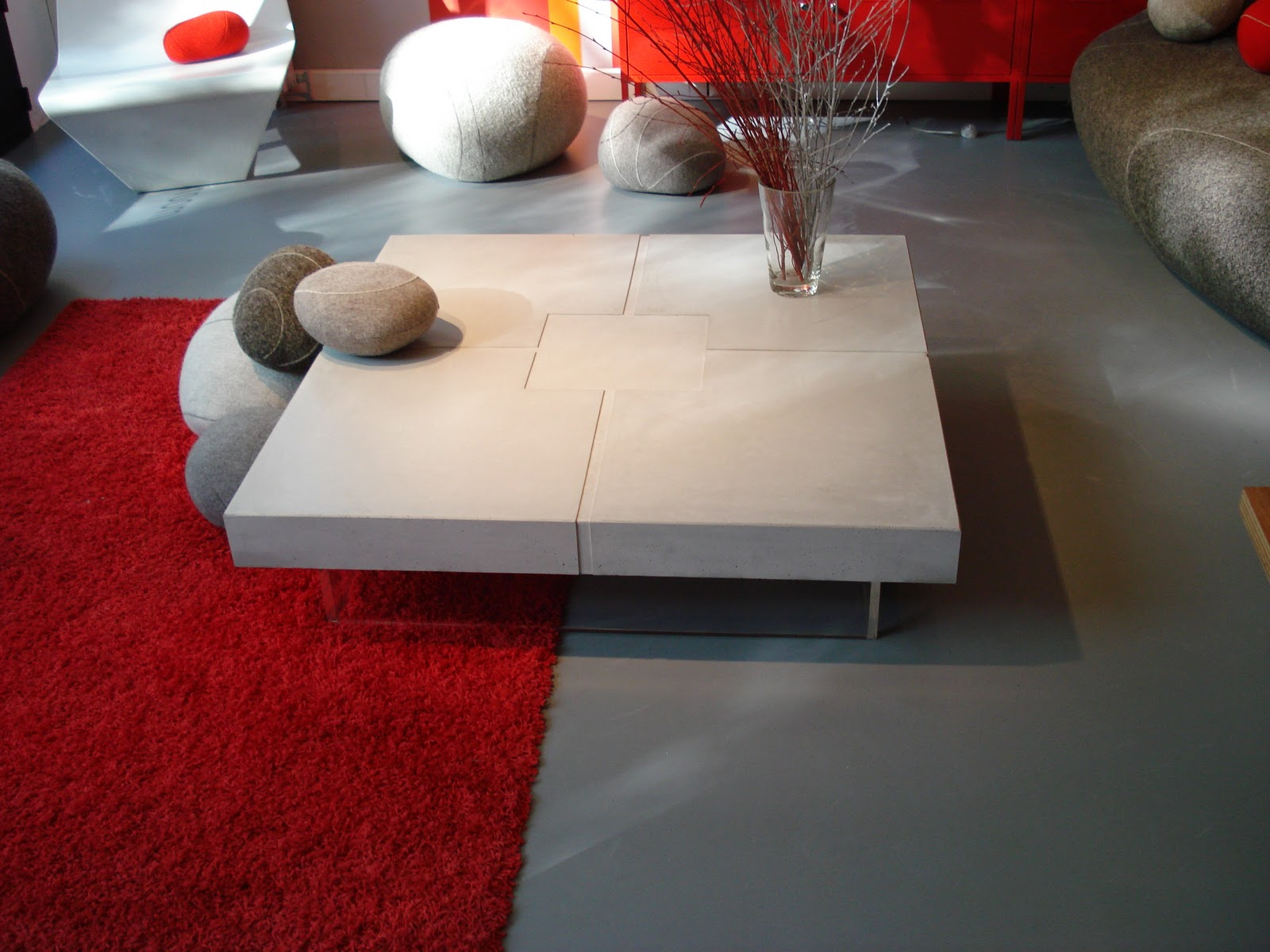 table beton com table basse en b ton cir bfuhp. Black Bedroom Furniture Sets. Home Design Ideas