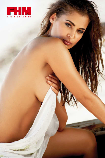 Hot Desi chic Shashi Naidoo goes Topless on FHM