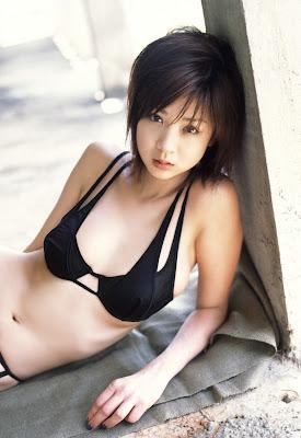 Aki Hoshino_7