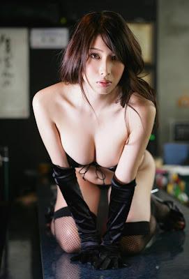 Emi Kobayashi_2