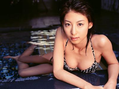 Mariko Okubo_belas gatas!_34