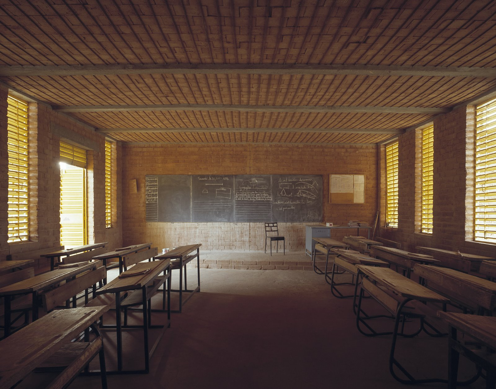 [Francis+Kéré_Primary+School+Gando_3.jpg]