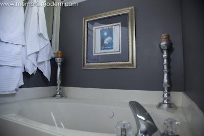 Memphis Modern Elegant Bathroom
