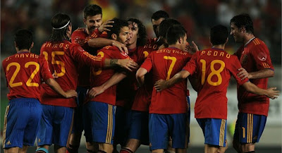 España vencio a Polonia