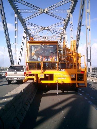 Új cucc a hídon