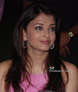 Aishwarya Rai Latest Romance Hairstyles, Long Hairstyle 2013, Hairstyle 2013, New Long Hairstyle 2013, Celebrity Long Romance Hairstyles 2390