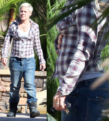 Pink Pregnant singer Pink and her husband Carey Hart stop by the Saint