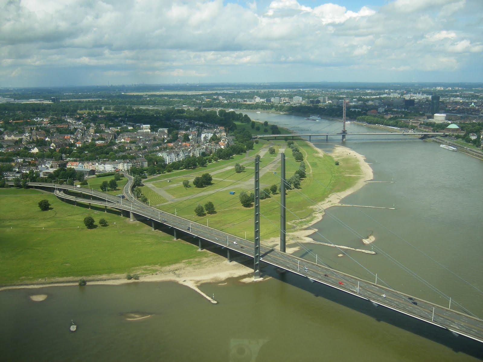 Transatlantic Bridge >> Building A Transatlantic Bridge Dusseldorf