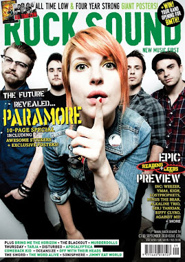 pic. of PARAMORE action
