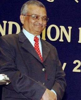 dr anil kakodkar essay Dr anil kakodkar, former chairperson of atomic energy commission of india and secretary to the government of india, opines that the issue of civil nuclear liability in the country is well settled with the setting up of the insurance pool.