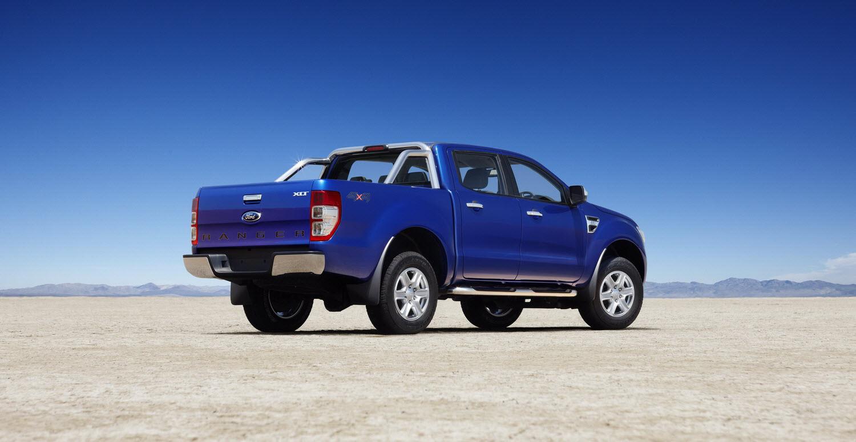 http://1.bp.blogspot.com/_Ii6kdI6KbZY/TLcrY5JMWVI/AAAAAAAA_Fg/QX6Dd6bnzQg/s1600/2011_Ford-Ranger_04.jpg