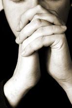 """""""La oración es la fuerza del hombre y la debilidad de Dios"""""""