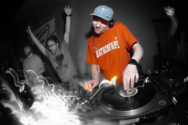 DJ Sinden