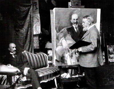 Jacinto Benavente posando en el estudio de Sorolla, 1917