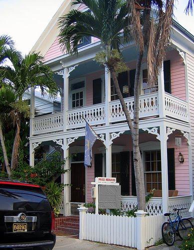 [key+west+cottage,+pink+gingerbread]