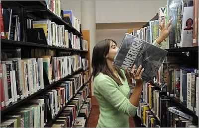 Uma biblioteca sem livros
