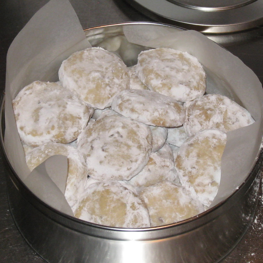 Russian Tea Cakes Recipe — Dishmaps