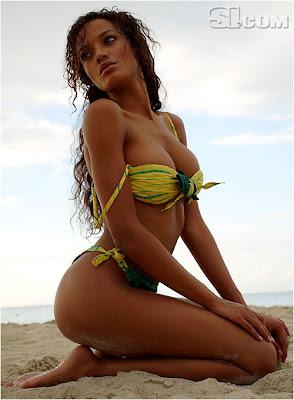 Selita Ebanks Afro-American SI bikini model