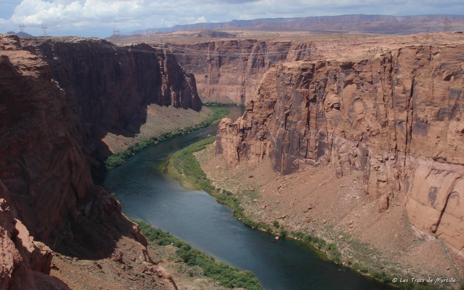 http://1.bp.blogspot.com/_ImSsWG17-Bs/TH0STjFjkII/AAAAAAAADWE/9ObMbf2Iz8s/s1600/colorado-glen-canyon_1680x1050.jpg