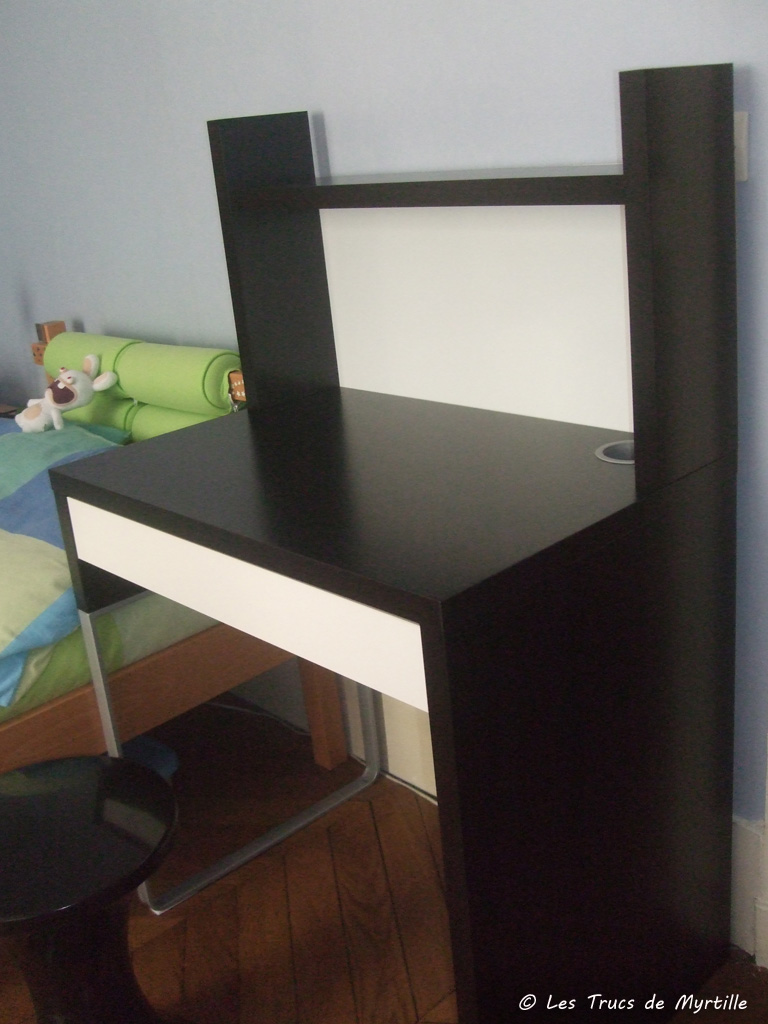 bureau chambre ikea. Black Bedroom Furniture Sets. Home Design Ideas