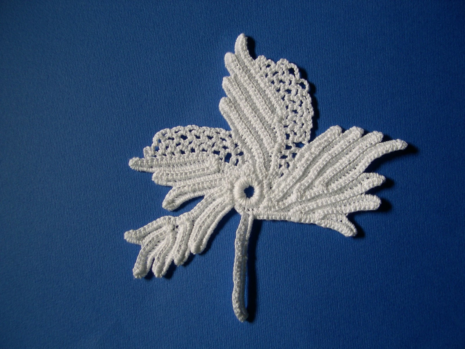 Prettyflies Crochet: Grape Leaf From Priscilla Irish Crochet Book 2