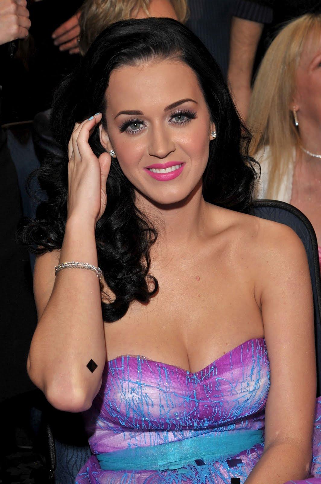 CelebrityBuzz.Us: Katy... Katy Perry Videos