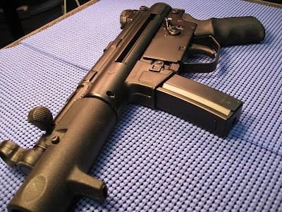 glock hand gun pistol