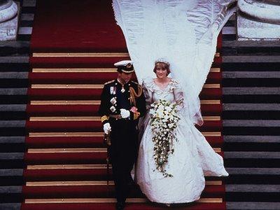 princess diana wedding cake. princess diana wedding dress