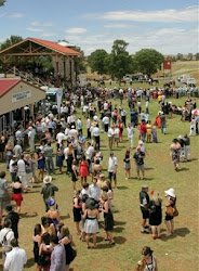 Cooma Monaro Race Club Crowd