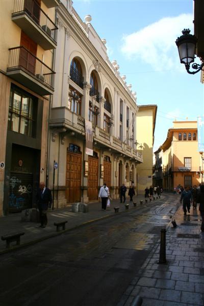 Barrio del Carmen -- Teatro Talia