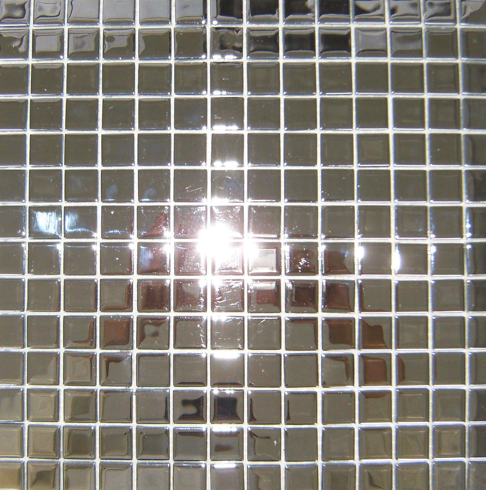 1935 www.stillosreveste.com.br: Pastilhas de Vidro Cristal Espelhadas #4D617E 1587x1600 Banheiro Com Pastilha Espelhada