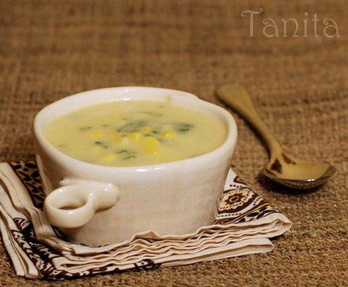 Крем супа от тиквички с царевица и чедър