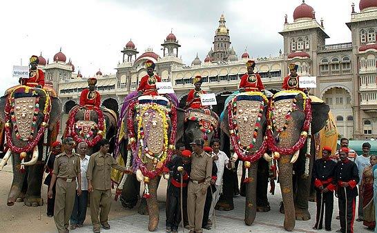 [Mysore+Dasara+2008+(15)-702377.jpg]