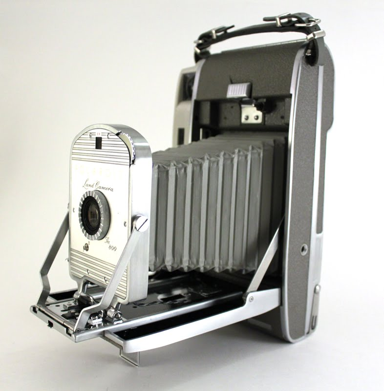 File:Polaroid Land Camera Model 800 front unfolded bellows.jpg ...