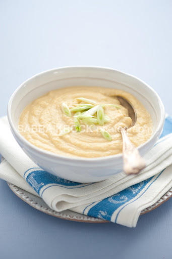 Spoonful: Quick and creamy: cauliflower and roasted garlic soup