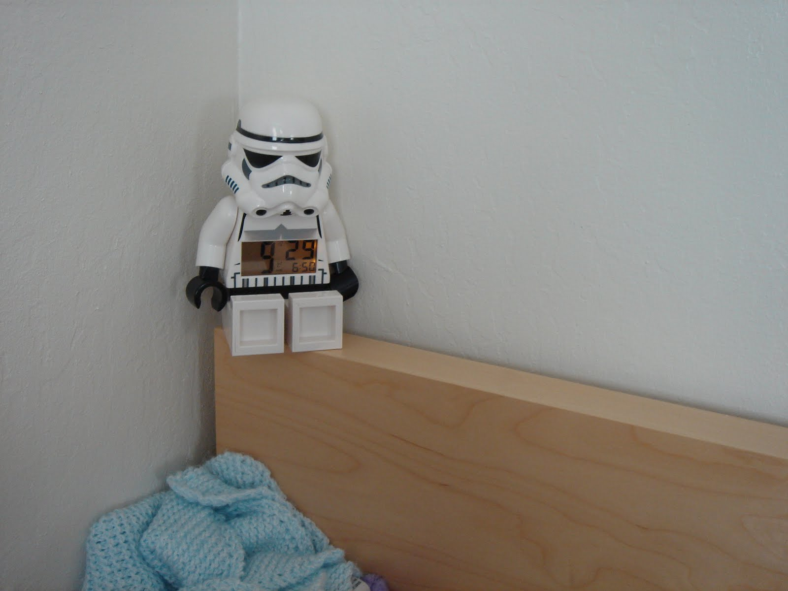 lego stormtrooper alarm clock instructions