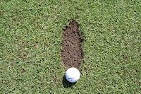 Peraturan Golf Mengenai Divots
