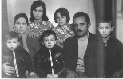 Salih Dayım ve ailesi